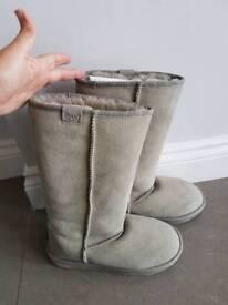 Womens EMU Australian sheepskin boots