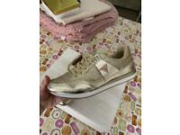 Guess trainers gold/ glitter size 5