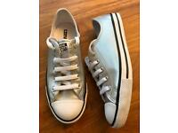 Converse All Star Silver & White Ladies Pumps Size 4
