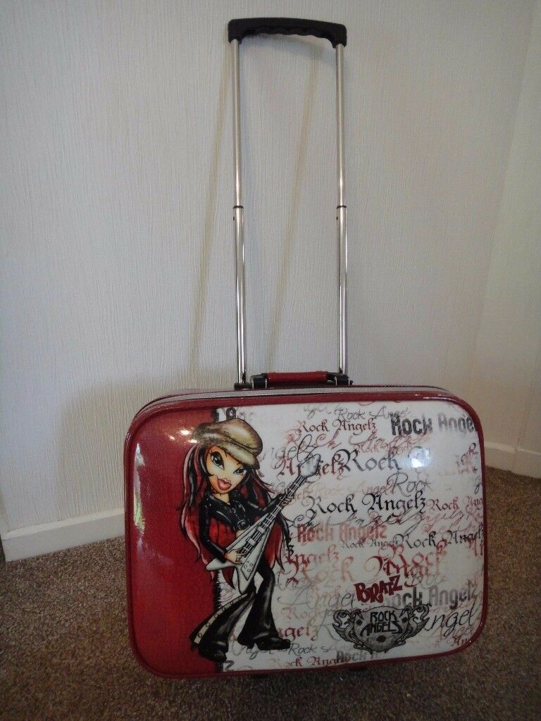 Childs Bratz trolly suit case rock angel front design 44 cms wide, 33cms high and 14 cms deep