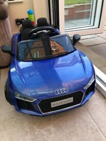 Audi R8 Spyder 12v with parental control