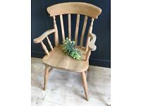 FARMHOUSE SOLID SLAT CARVER CHAIR IN EXCELLENT CONDITION