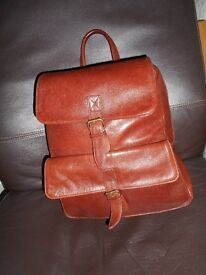 hidesign back pack in a new condition