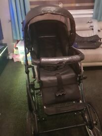 Vib pram like new used handful of times