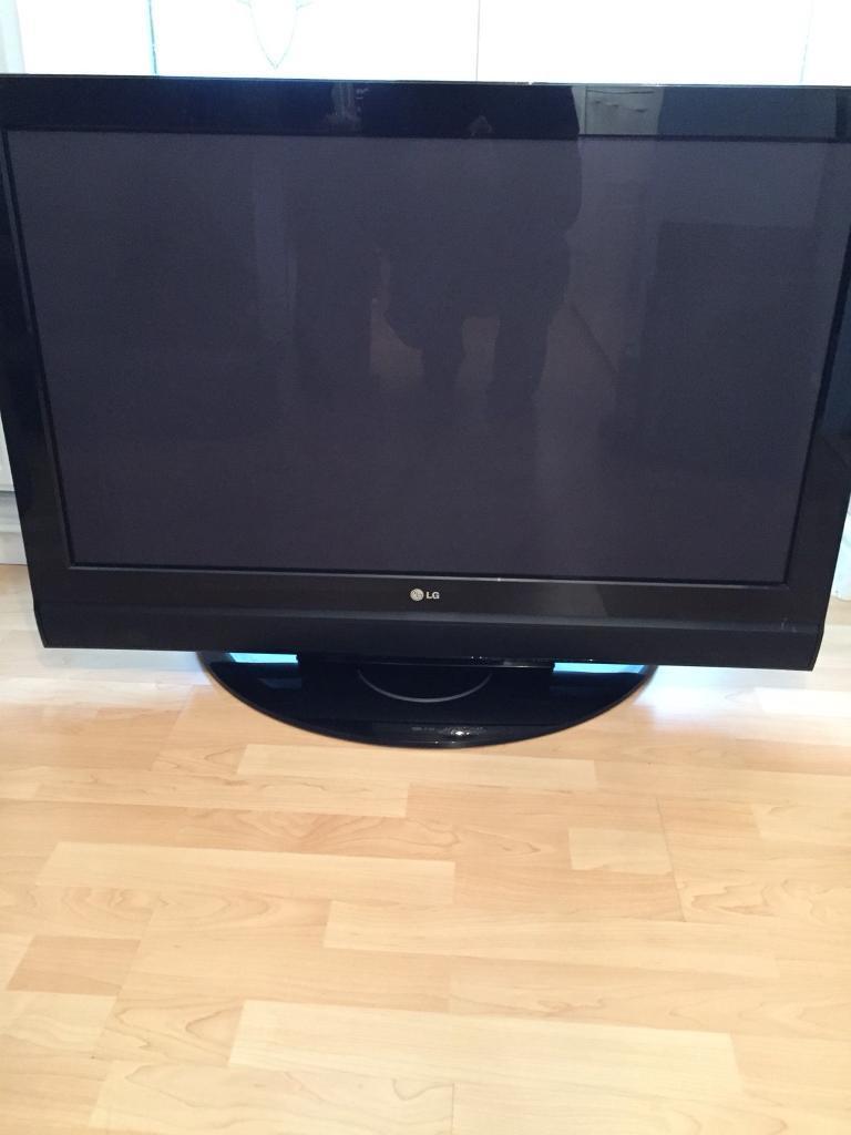 42 inch LG lcd tv .