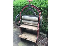 Antique spring top mangle 1896