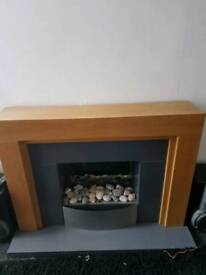 Electeic fire place