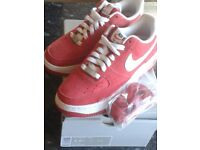 Nike Air force 1 red/white size:4 Trainers