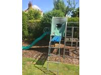 TP FOREST CLIMBING DEN WITH SLIDE