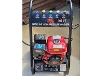 Petrol Power Washer 2500psi , 4 Stroke Engine with Hose and Lance.