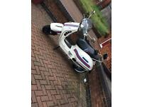 Vespa gts 300 reg as 125 2010