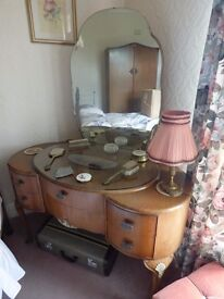 1950s DRESSING TABLE IN WALNUT STYLE WOOD