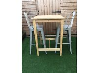 High table a 2 stools