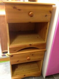 PAIR OF PINE BEDSIDE CABINETS WITH 1 DRAWER VGC