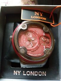 BRAND NEW NY LONDON WATCH, BIG FACE RED COLOUR WATCH WITH GUN METAL STRAP