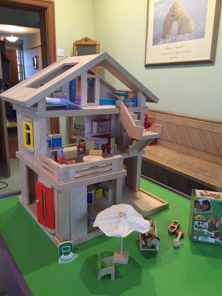 dolls house made by plan toys  in spalding lincolnshire  gumtree - dolls house made by plan toys