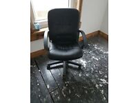 Black office chair - excellent condition