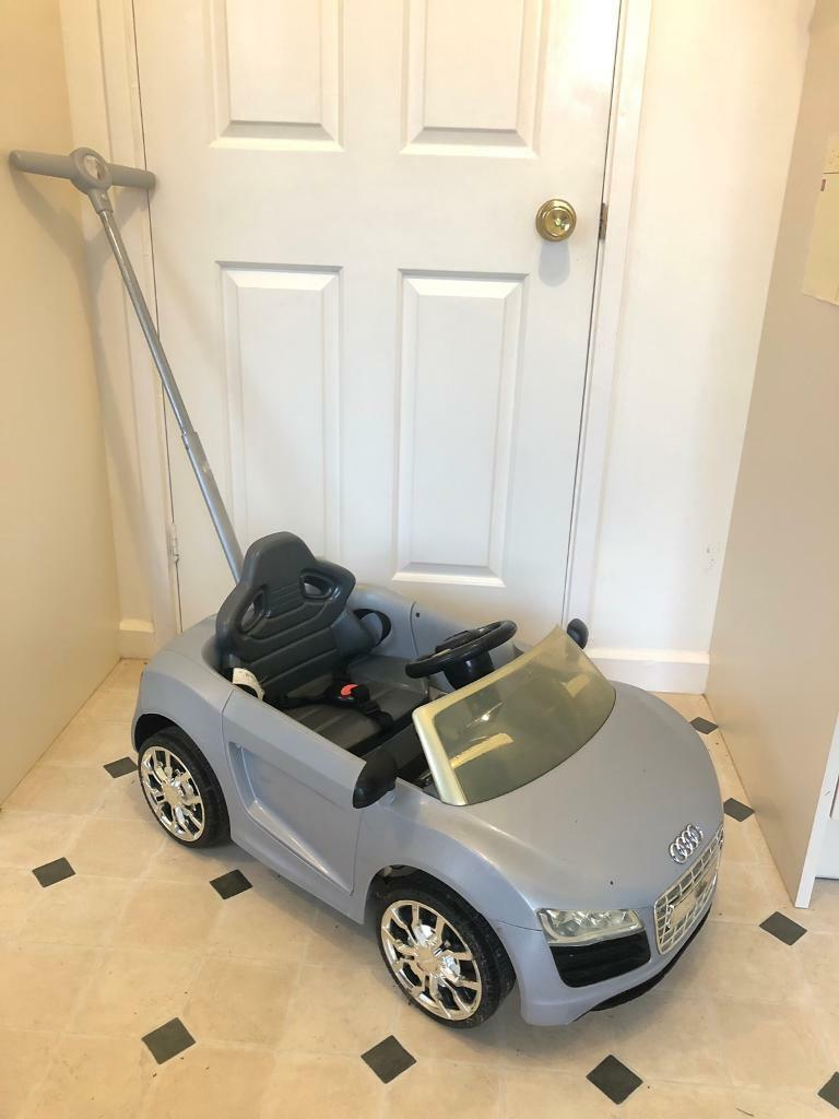 Audi R8 Spider ride on push car with sound - reduced price! | in