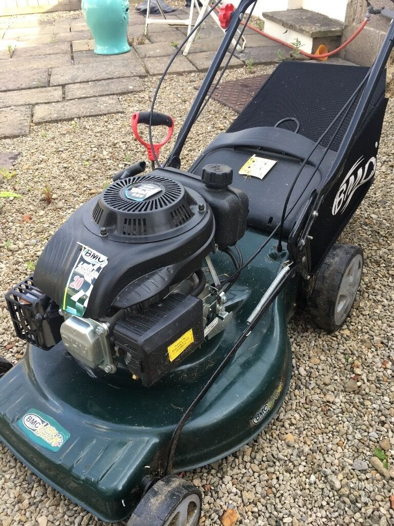 Petrol lawn mower. Only a few months oldin SomersetGumtree - Bought a few months ago used a few times. Bought for £295 selling for bargain £99 Can deliver for fuel cost
