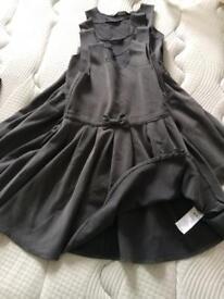School pinafore dresses x 4 age 4-5
