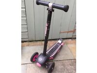 Yvolution deluxe glider scooter