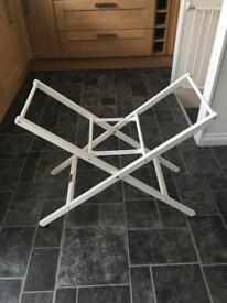 Mamas & Papas Moses basket stand in white.