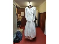 70's/80's Style 100% polyester wedding dress
