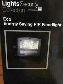 PIR ECO ENERGY Saving Flood Light