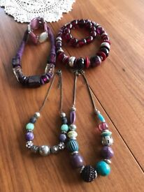 6 Pieces of modern chunky jewellery.6