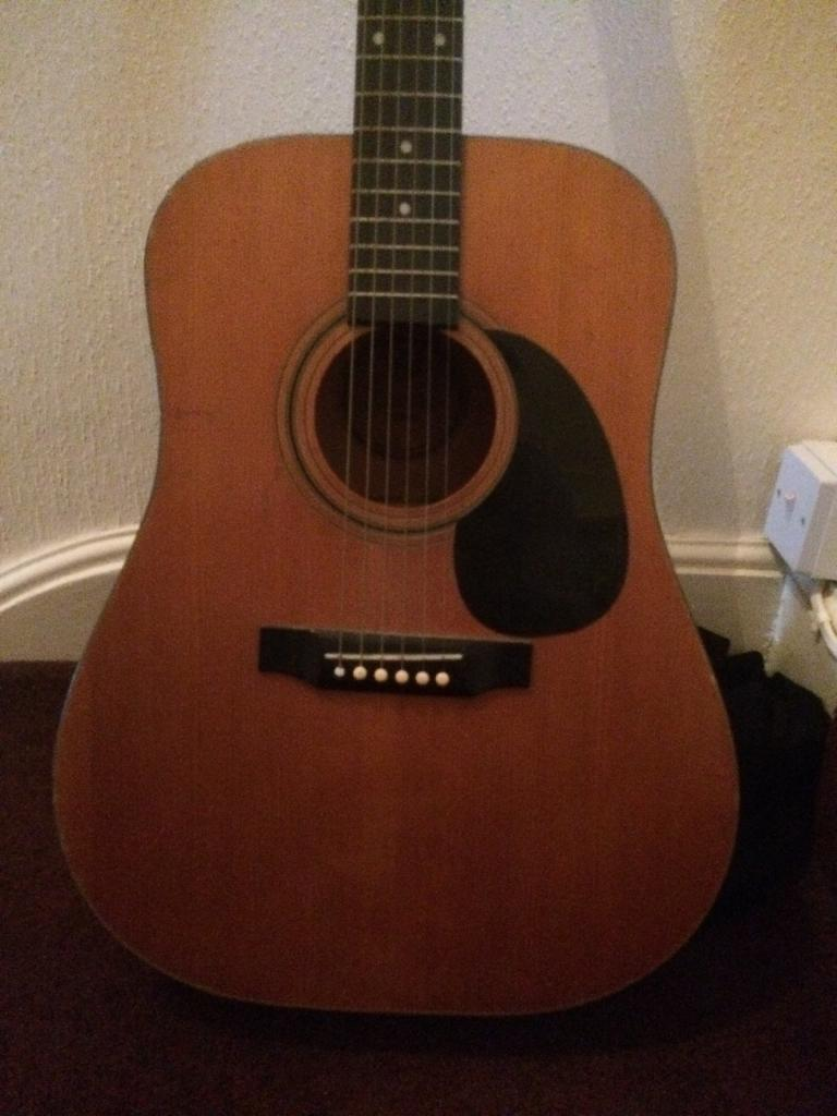Ascoustic Guitar