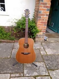 Takamine EN 10 guitar 1997 made in Japan .cedar top mahogany back and side's electro acoustic