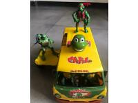 Ninja turtle track with figurines