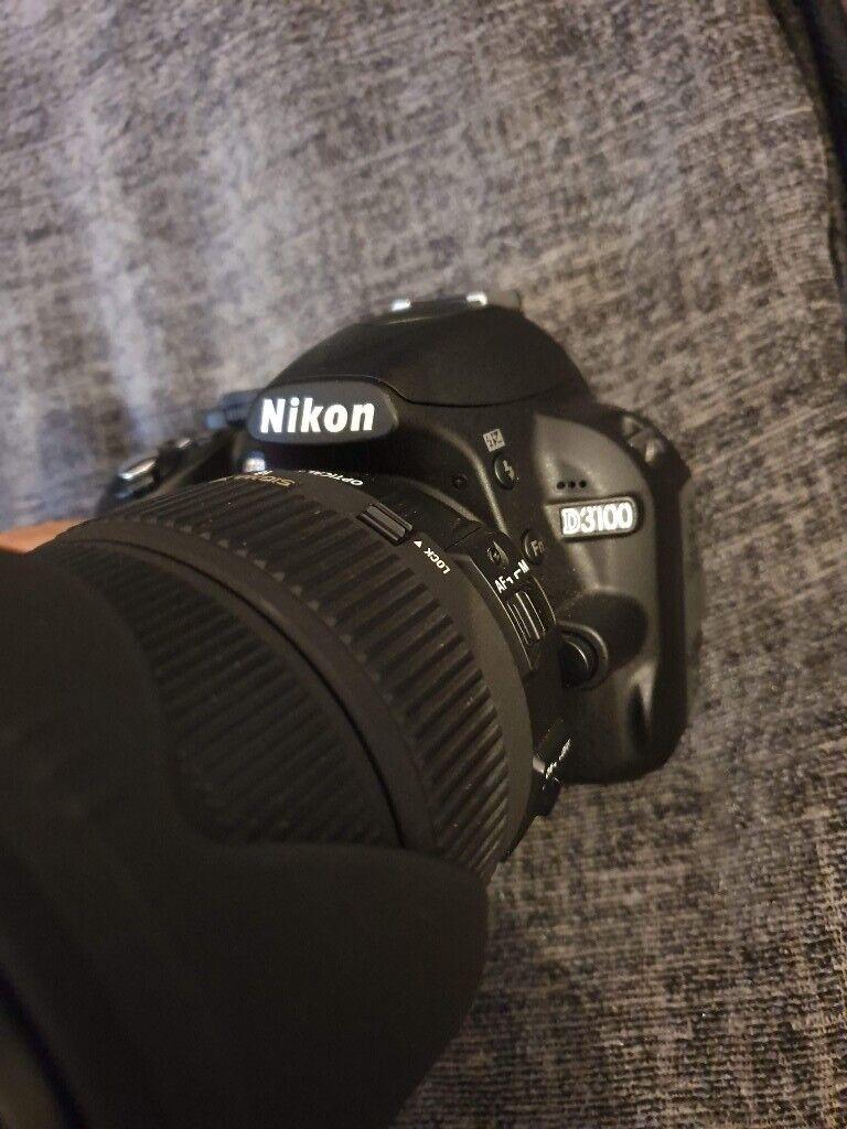 Nikon D D300 12 3MP Digital SLR Camera - Black (Kit w/ SIGMA 18-200mm Lens)    in Inverurie, Aberdeenshire   Gumtree