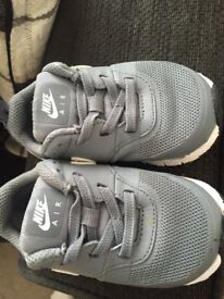 Baby Nike air max size 5.5