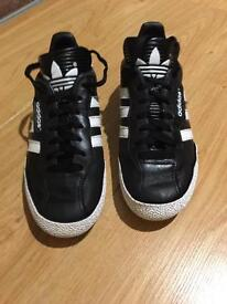 Adidas Samba Size 4
