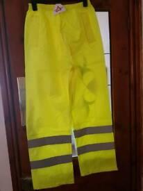Hi Viz Yellow waterproof overtrousers. KEEPSAFE brand. Brand new