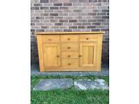 Oak Furniture Land solid Oak sideboard/side board/dresser (New & Immaculate) FREE DELIVERY