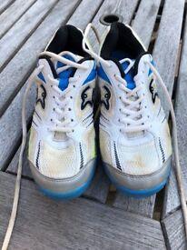 Cricket Spike Shoes Size 6 Kookaburra