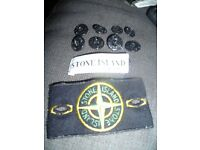 Stone Island original badge with collar label and 8 buttons