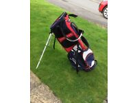 Titliest golf bag and stand and strap air flow