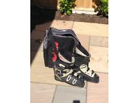 Mens Ski Boots by (Raichle) excellent value! USED ONLY 3 TIMES!!