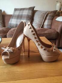 Carvela kurt keiger high heel shoes cost £120 size 4 1/2