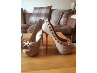 Carvela kurt keiger high heel shoes cost £120 size 4 1/2