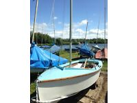 Sailing Boat Dinghy GP 14 With Extras **Look**