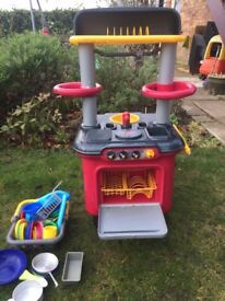 Chil'ds play kitchen