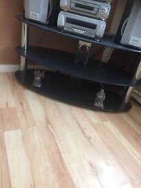Nice tv stand here very good condition