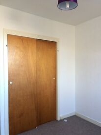 Light and spacious 2 bedroom flat to let in Central Forfar £440 per calendar month