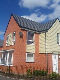 A DOUBLE ROOM TO LET IN A BRAND NEW HOUSE(NG3)