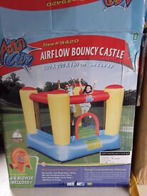 Childrens airflow bouncy castle