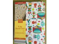 Brand new in packet single bed duvet cover set, circus themed